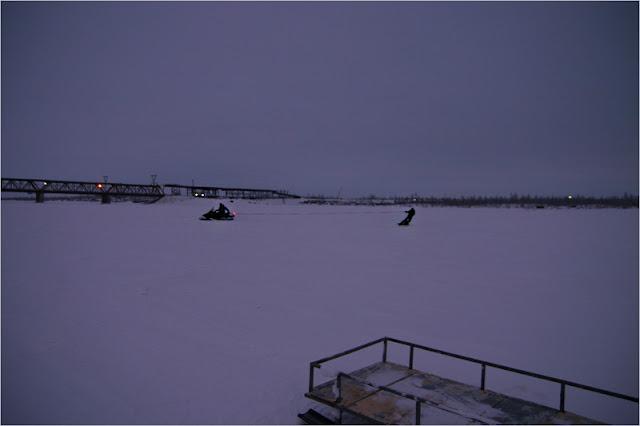 Таймыр, Норильск, фото, река Норилка, Норильская, мост, зима, снегоход, сноуборд.