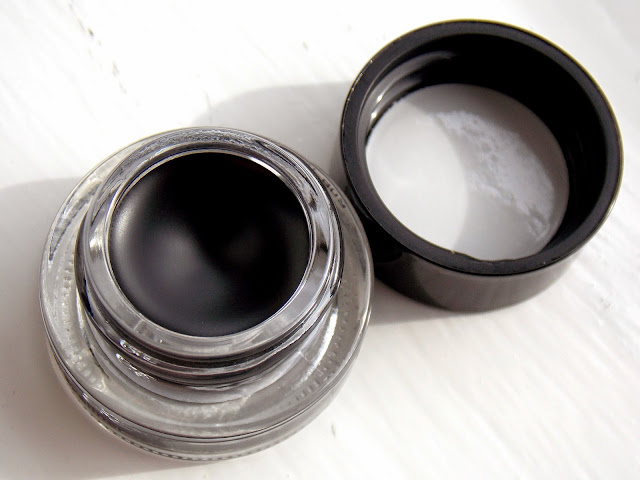 Bobbi Brown Long-Wear Gel Eyeliner in Black Ink Review