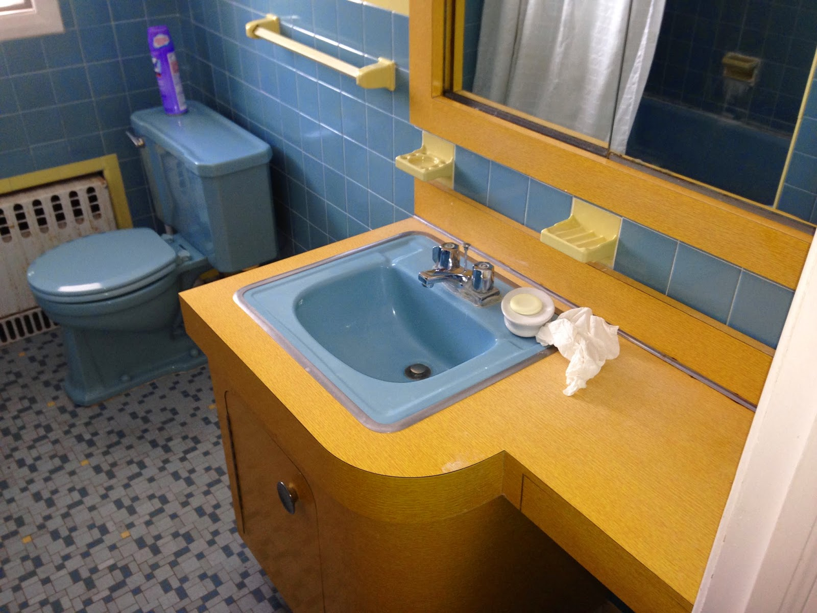 1953 Split Level Home: Family Bathroom