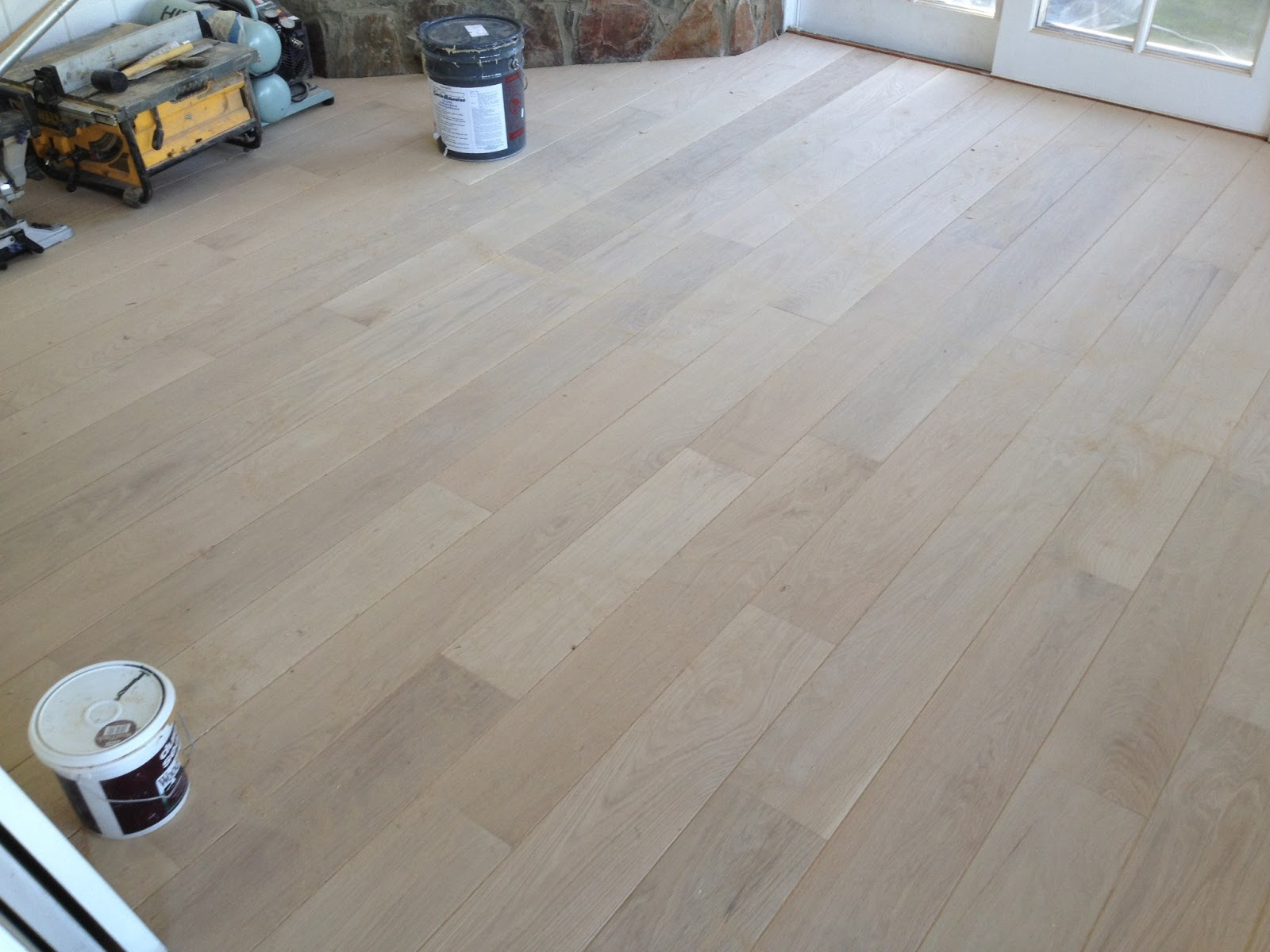 is side flooring oak which floors better valenti and vs floor white red bruce hardwood unfinished gorgeous by