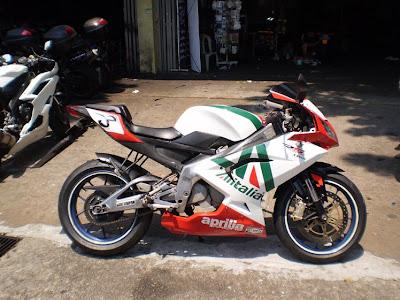 Juzz Wheelzz Aprilia Rs 125 Max Biaggi Alitalia Replica