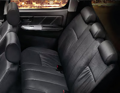All new Toyota Hilux 2014 2014 with black leather seat