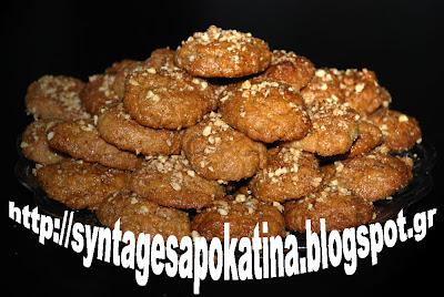 μελομακάρονα, το παραδοσιακό γλυκό των χριστουγέννων http://syntagesapokatina.blogspot.gr