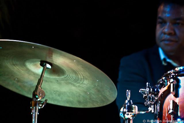 Jean Pierre Derouard, batería