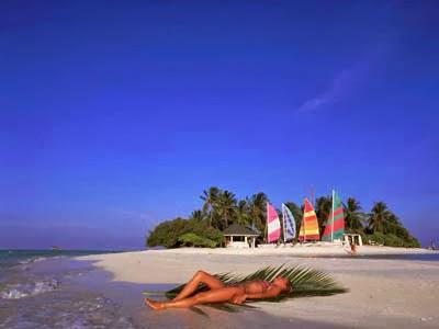 Malé, Maldives, holiday in Maldives, Bandos, honeymoon in Maldives, snorkeling, scuba diving in Maldive, spa, underwater hotel in Maldives