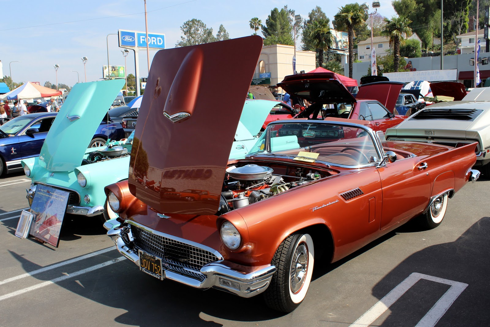 Covering Classic Cars : Vista Ford Mustang Show & Super Car Sunday