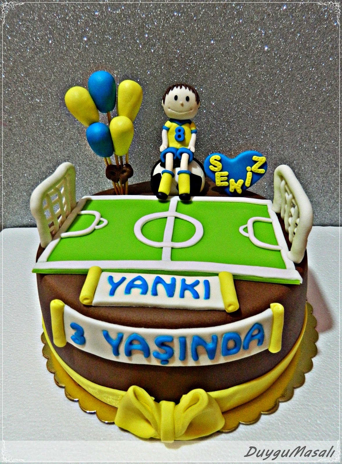 yankının doğum günü pastası