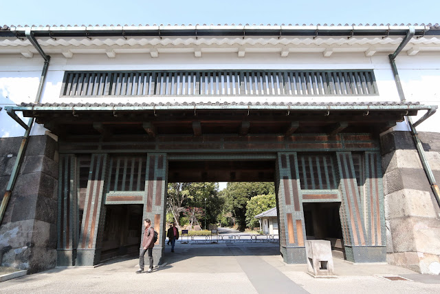 Look at the strong thick wooden structure to support the weight of the Otemon entrance gate at Imperial Palace East Garden in Marunouchi, Tokyo, Japan