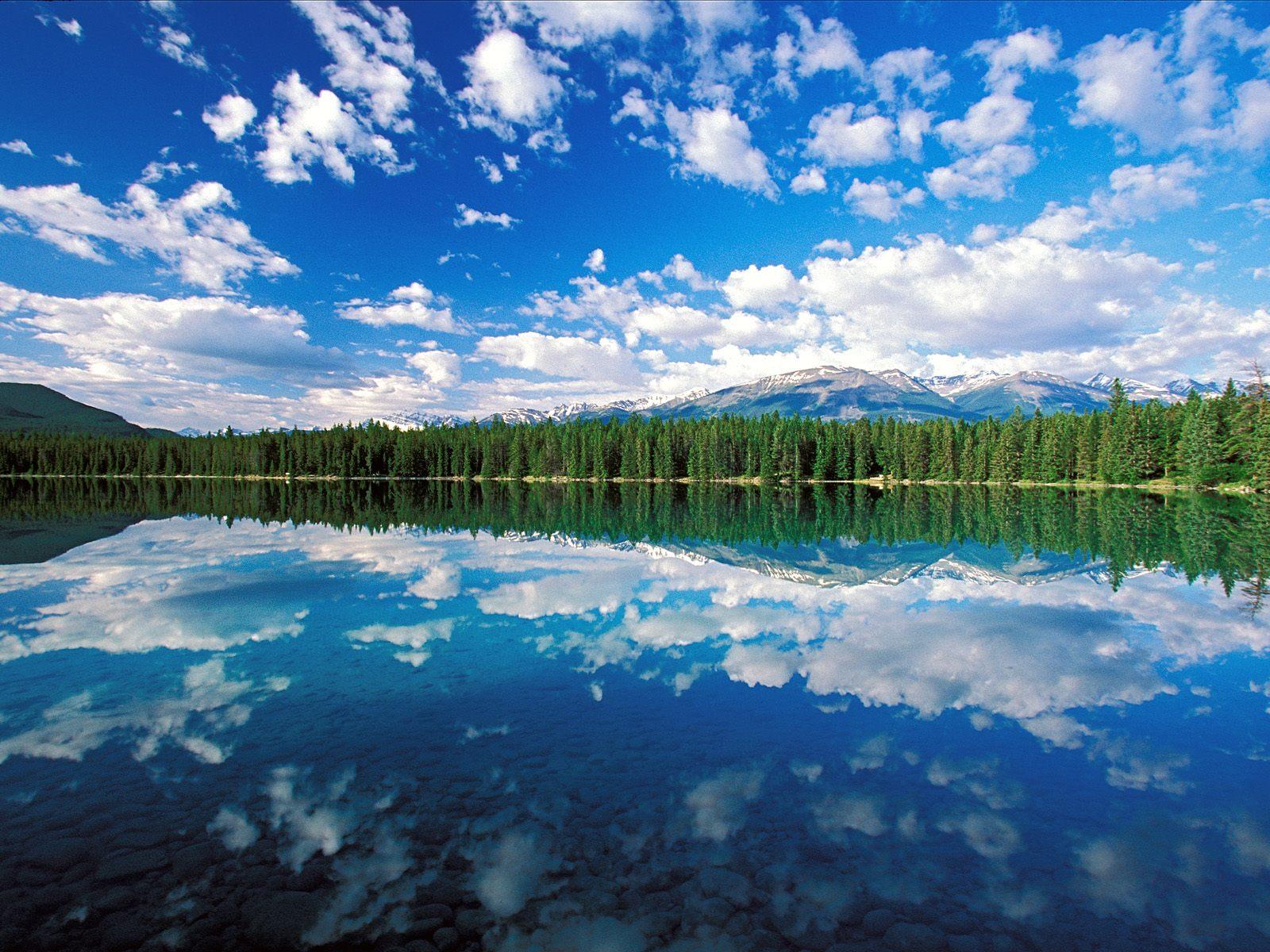 http://3.bp.blogspot.com/-9fmIiqGAVHU/Tfrl9lmgZLI/AAAAAAAAFNU/u4gIeB-_8Es/s1600/edith_lake_jasper_national_park_canada-normal.jpg