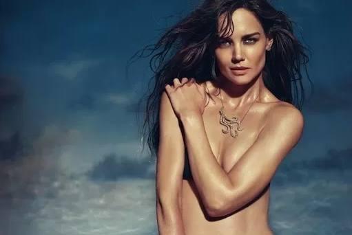 Topless katie holmes Katie Holmes'