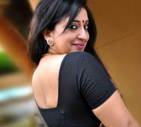 Sona Nair gets busy in Bollywood!