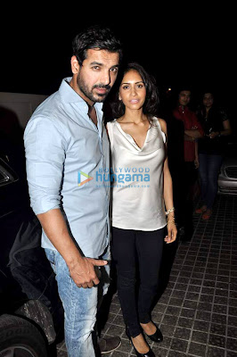 John Abraham hosts special screening of 'Shootout At Wadala' to friends