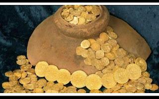 O carregamento era dos 11 galeões espanhóis que afundaram durante um furacão enquanto seguiam de Cuba para a Espanha. Caçadores de tesouros nos Estados Unidos informaram que descobriram 350 moedas de ouro espanholas do século 18 que valem US$ 4,5 milhões (cerca de R$ 15,6 milhões).