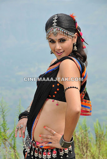 , Tapsee Hot Pics In Black Saree