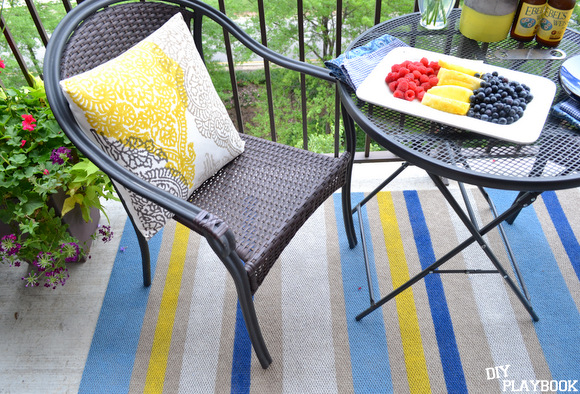 Our new rug is the perfect size for our balcony, and it was so easy to paint.