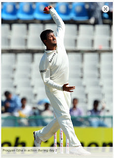 Pragyan-Ojha-INDIA-v-AUSTRALIA-3rd-TEST-day2
