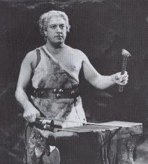 Walter Widdop as Siegfried