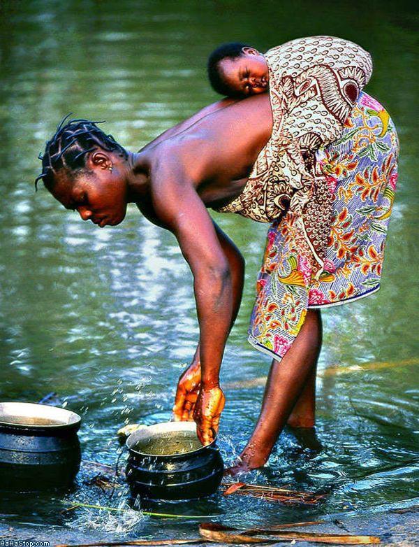 POR LAS MADRES, DE AFRICA... Baby_Bag