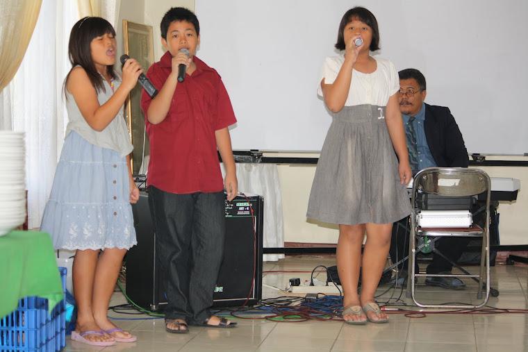 Bernyanyi Memuji Tuhan