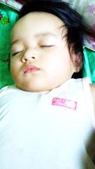 Oh Adnien Damieya sayang tengah tidur..suh! diam!!!