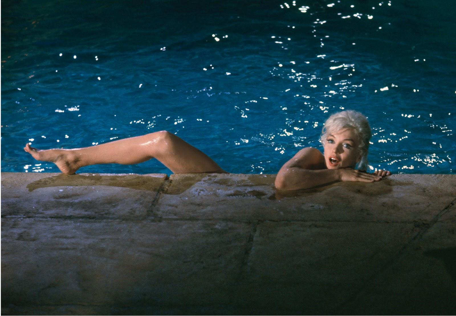 http://3.bp.blogspot.com/-9gx0lkzIPVY/TyHxBqADiHI/AAAAAAAAI-8/mTgNi-2Ftnc/s1600/Schiller_Marilyn+Monroe+(color)+HIGH+RES.jpg