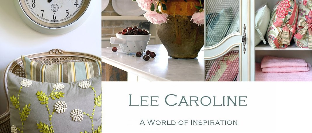 Lee Caroline - A World of Inspiration