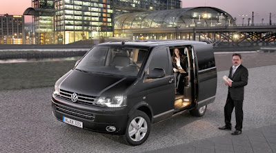 VW Caravelle Business Tops the Range