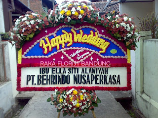 bunga papan pernikahan bandung