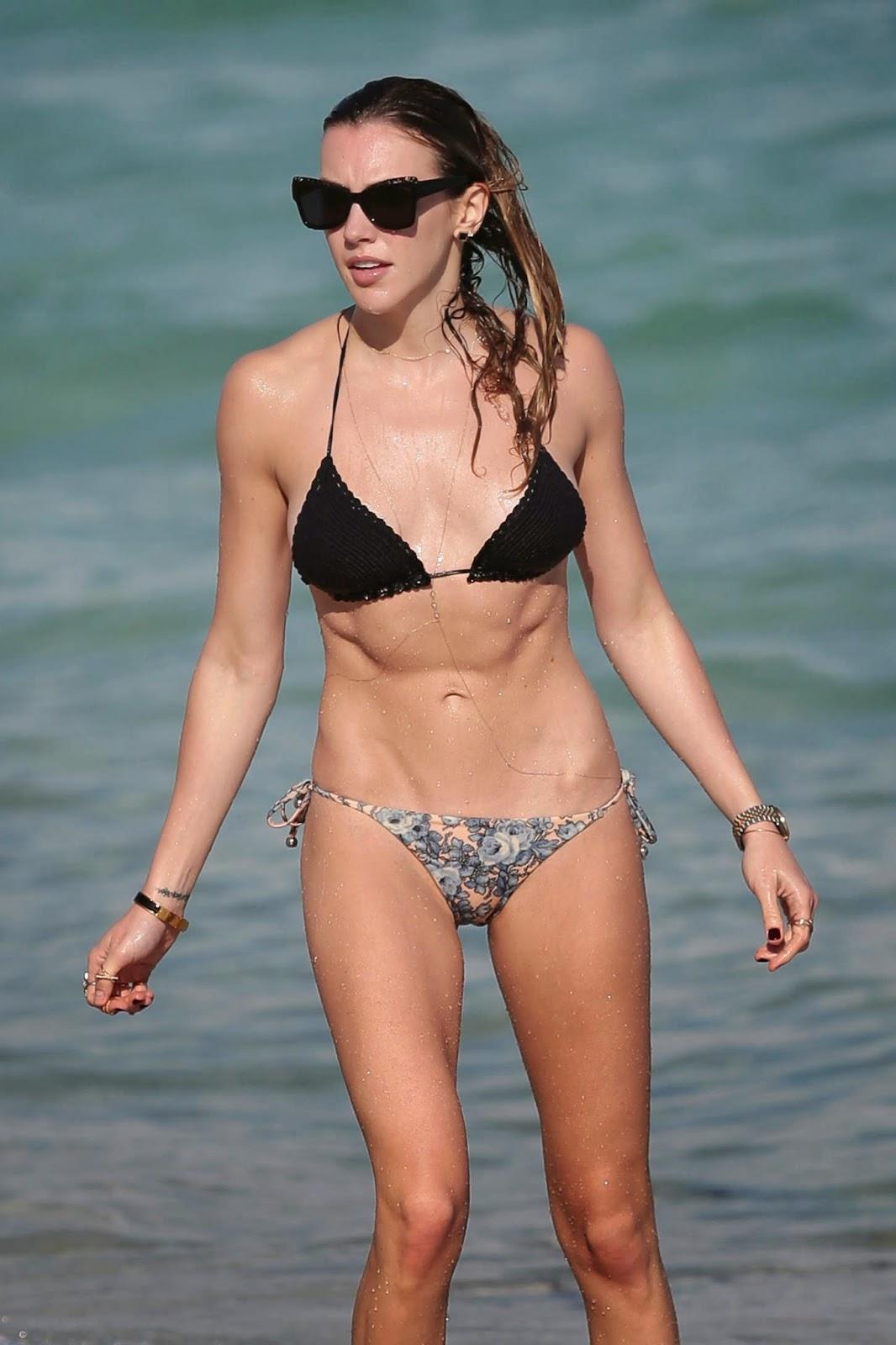 Katie Cassidy shows off lean self in a skimpy bikini in Miami