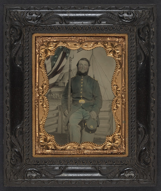 The Civil War Tinted moreover Soldiers Testing Blanket Boat Raft moreover Uniforms Union 02 likewise Unionconfederatecavalry as well 1865 Officer Parade Shoulder Scales Golden With Fringes 1832 1871 Usa. on lieutenant civil war shoulder scales
