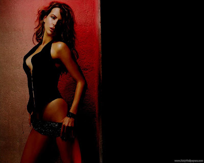Kate Beckinsale Wallpaper-10-1600x1200