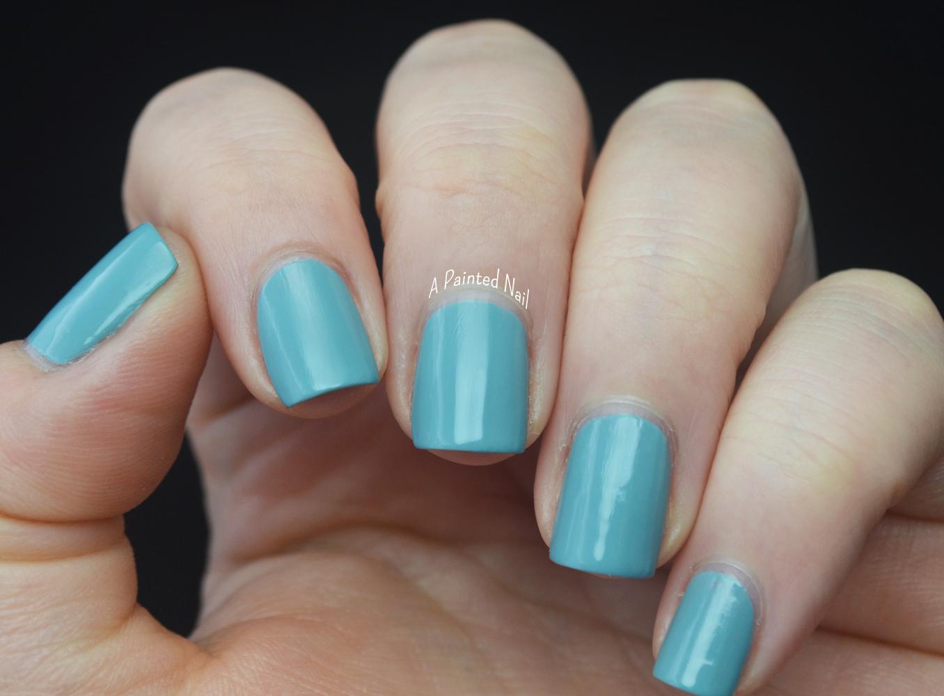 a painted nail  sally hansen miracle gel polish system grey matters