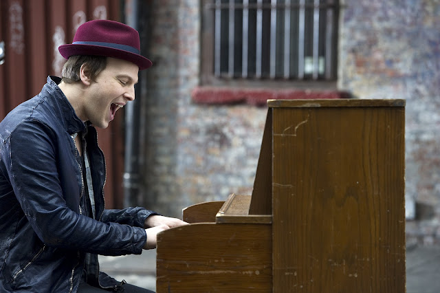 Gavin DeGraw Sweeter Video Still