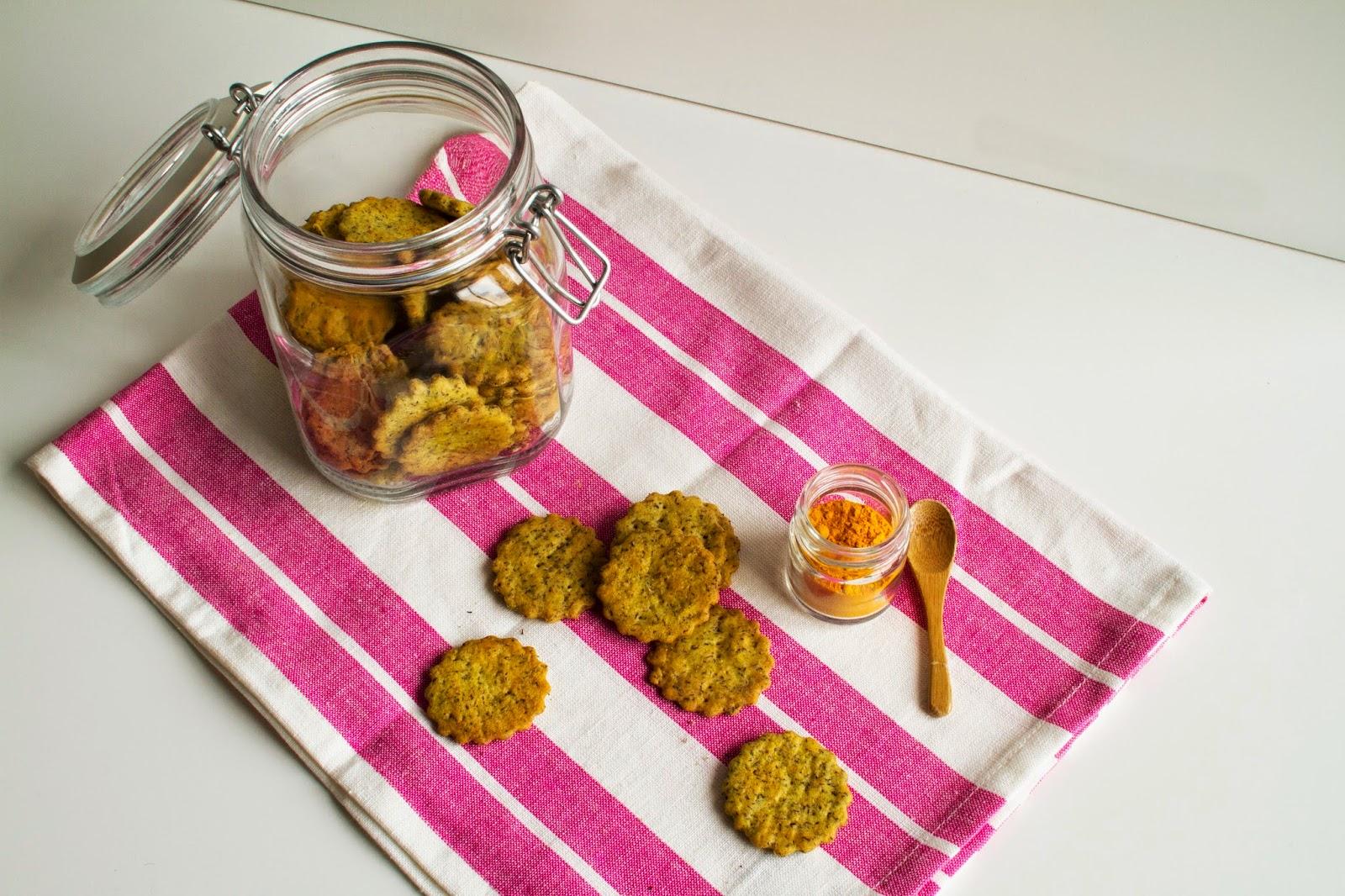 crackers ai ceci con curcuma ed erbe provenzali