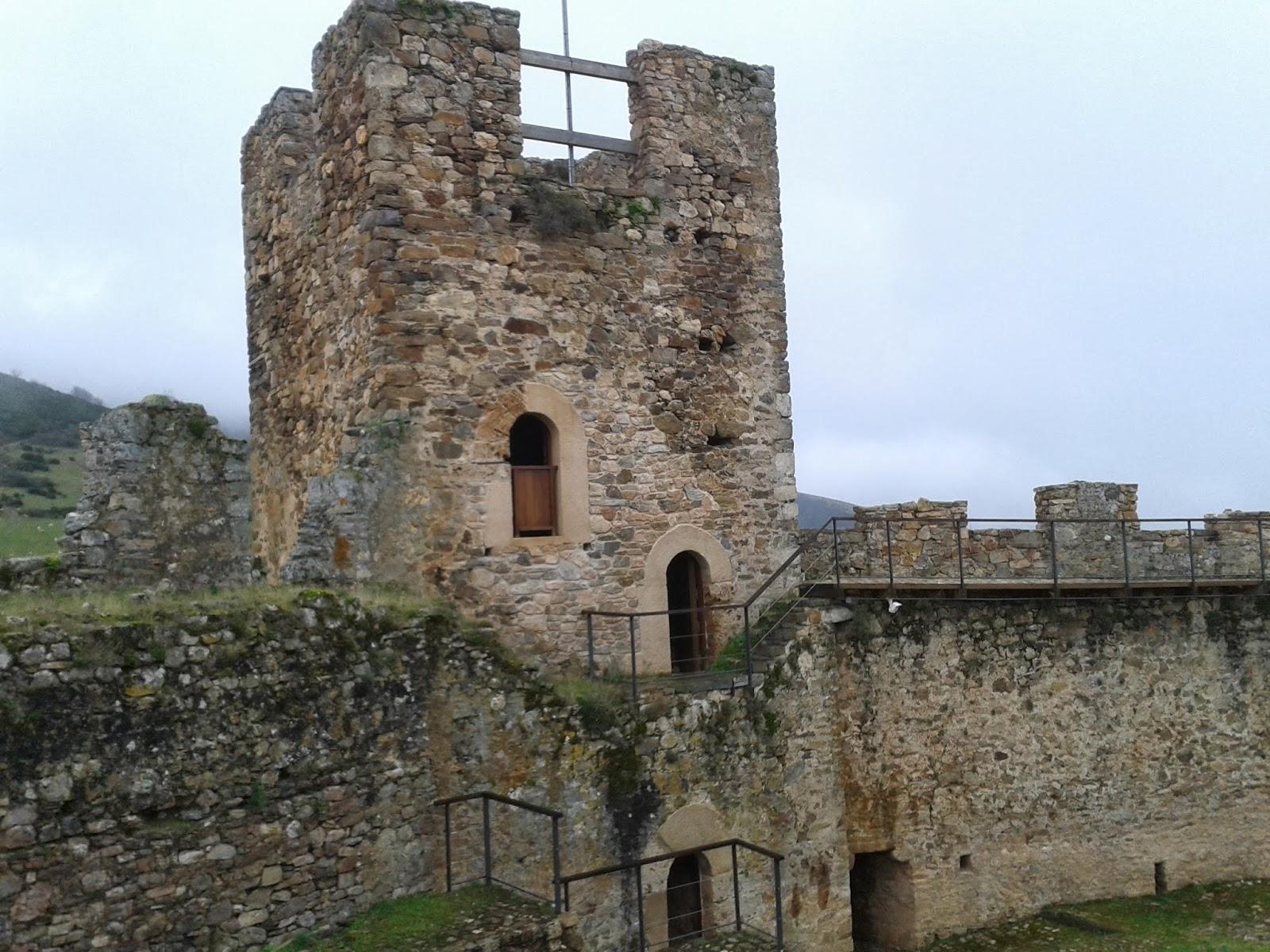 Castillo Cornatel