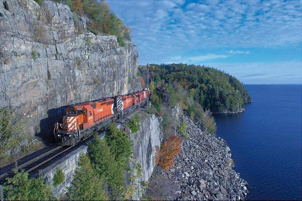 Most Amazing Train Routes Around World - Most Amazing Train Routes