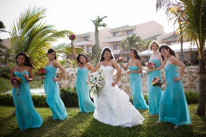 Colorful Dress And Flower Wedding Theme http://refreshrose.blogspot.com/