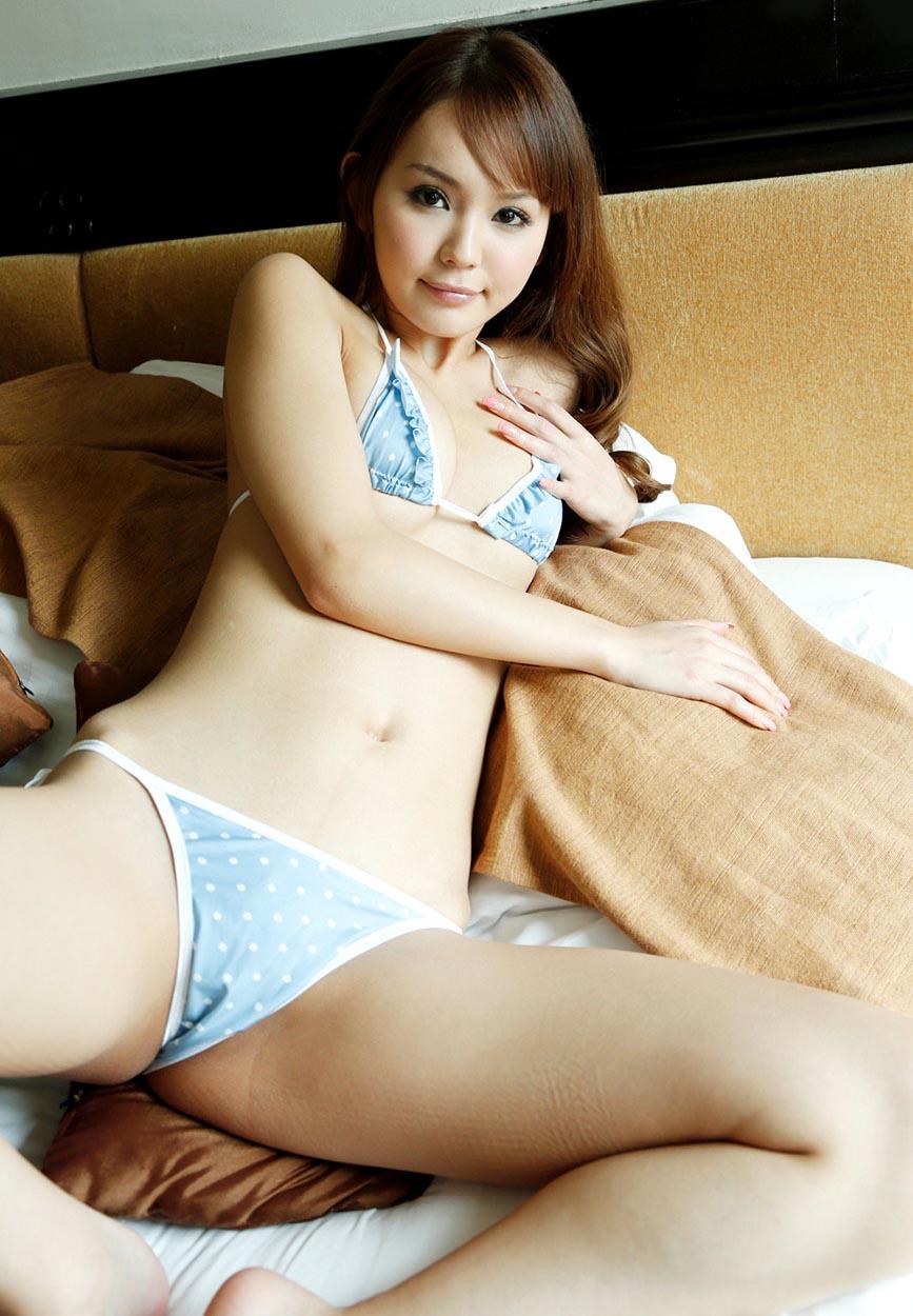 emiri okazaki sexy nude photos 03