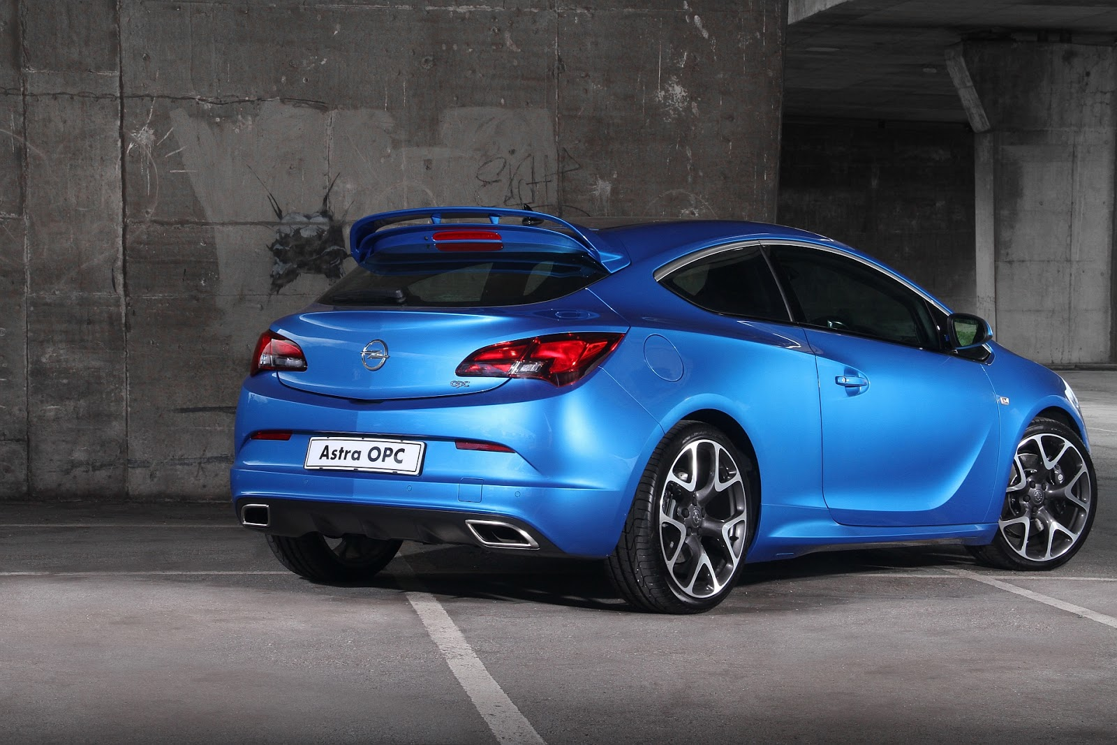 all cars logo hd big boss opel astra opc returns to mzansi. Black Bedroom Furniture Sets. Home Design Ideas