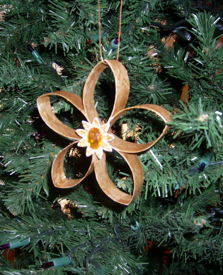 Christmas Decorations Recycled Materials : The art of up cycling diy christmas decoration ideas