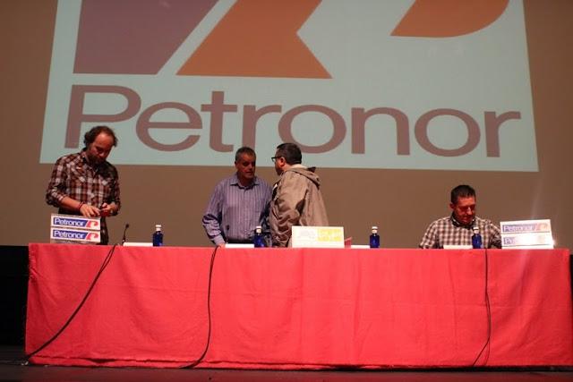 Charla de Oskar Tabuenka, Juan Carlos Abascal y Javier Beltrán en Muskiz
