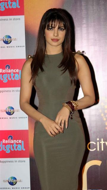 Priyanka Chopra Sexy Photo gallery