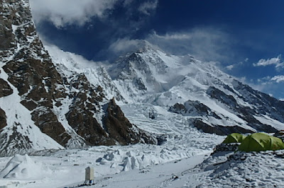 K2 Mountain Base Camp Hiking and Climbing Adventures: K2 Some Teams Reach Base Camp + k2 ...