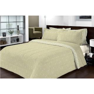 cama de casal grande e simples