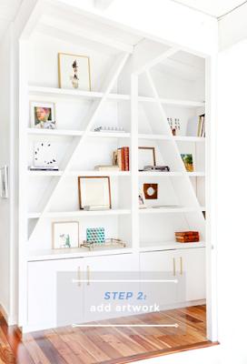 Colocar de manera ordenada y estilosa objetos y complementos decorativos