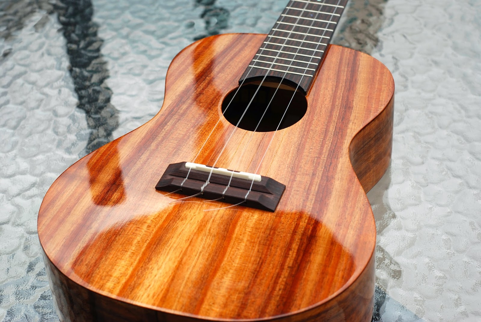 Big Island Concert ukulele in Koa Wood Gloss