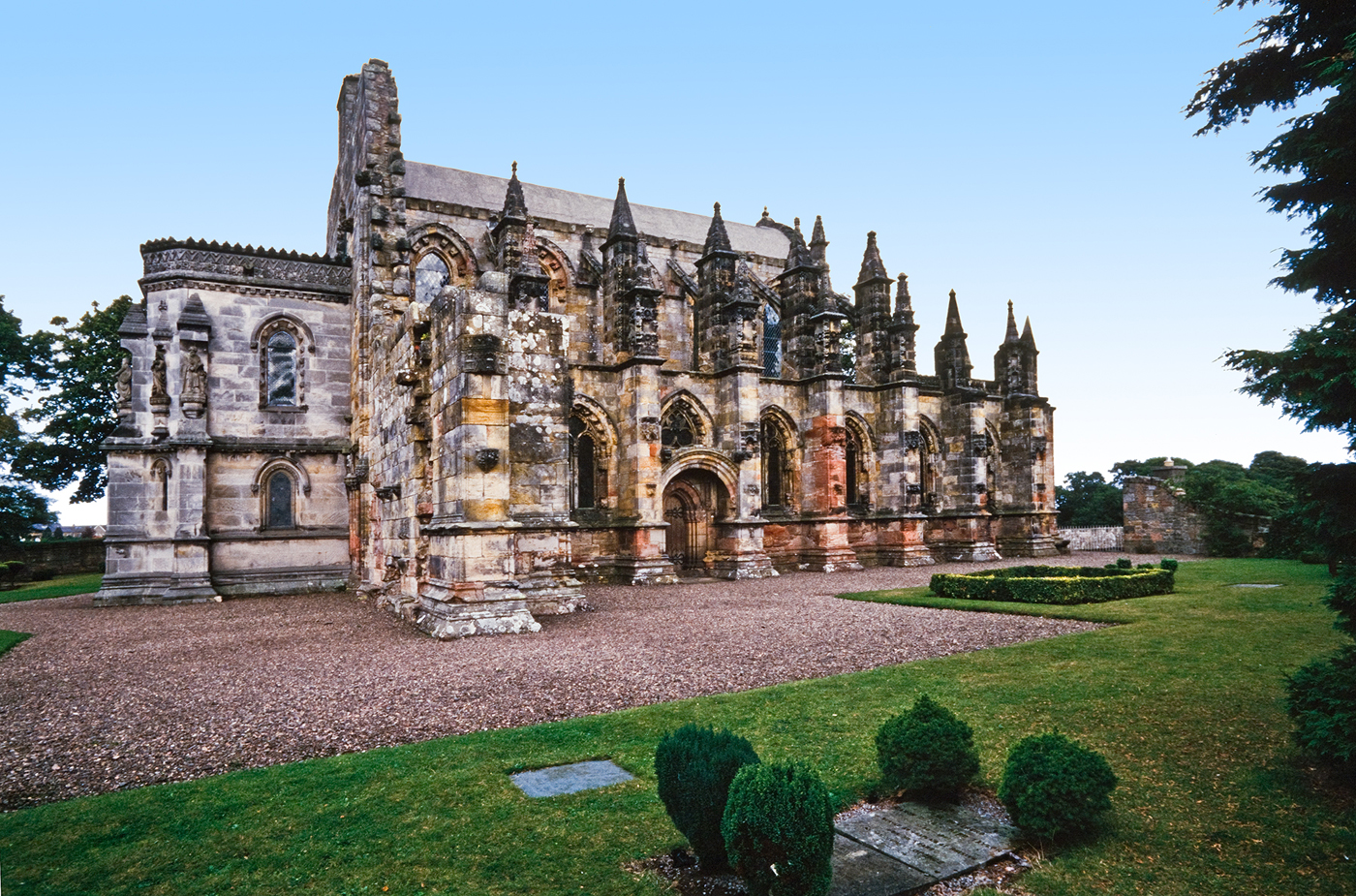 Fact, Fiction, & Theory: An Analysis of the Ceiling at Rosslyn Chapel
