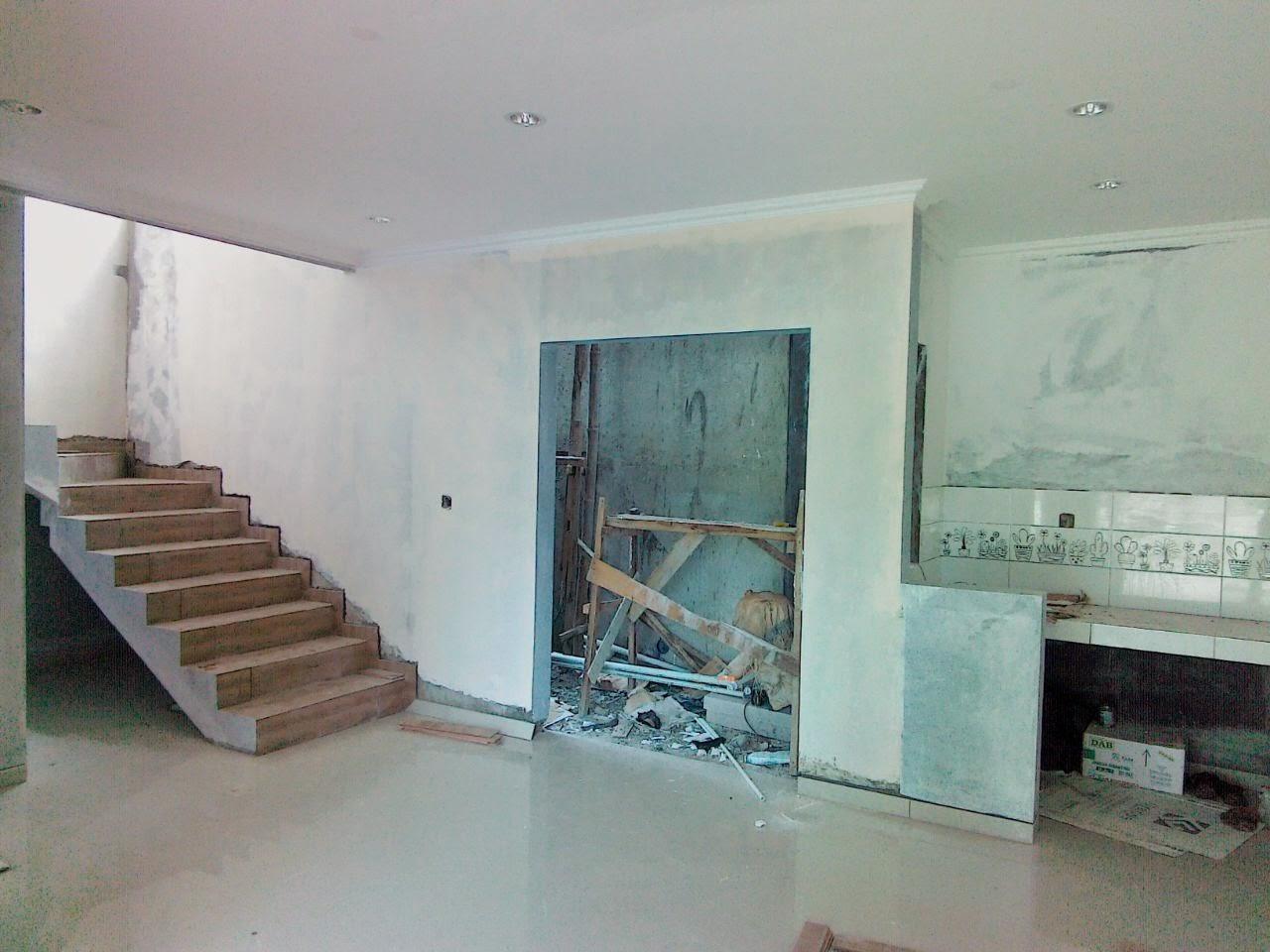 Rumah 2 lantai minimalis di pondok cabe