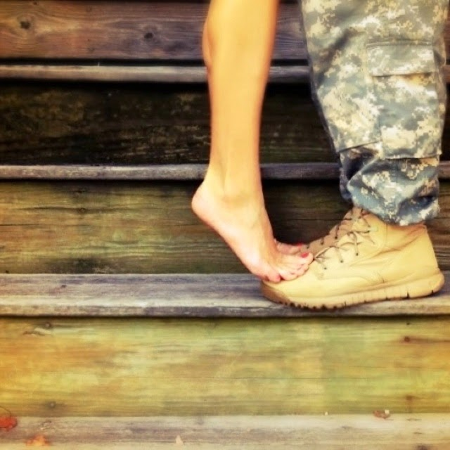 Comment rencontrer un militaire