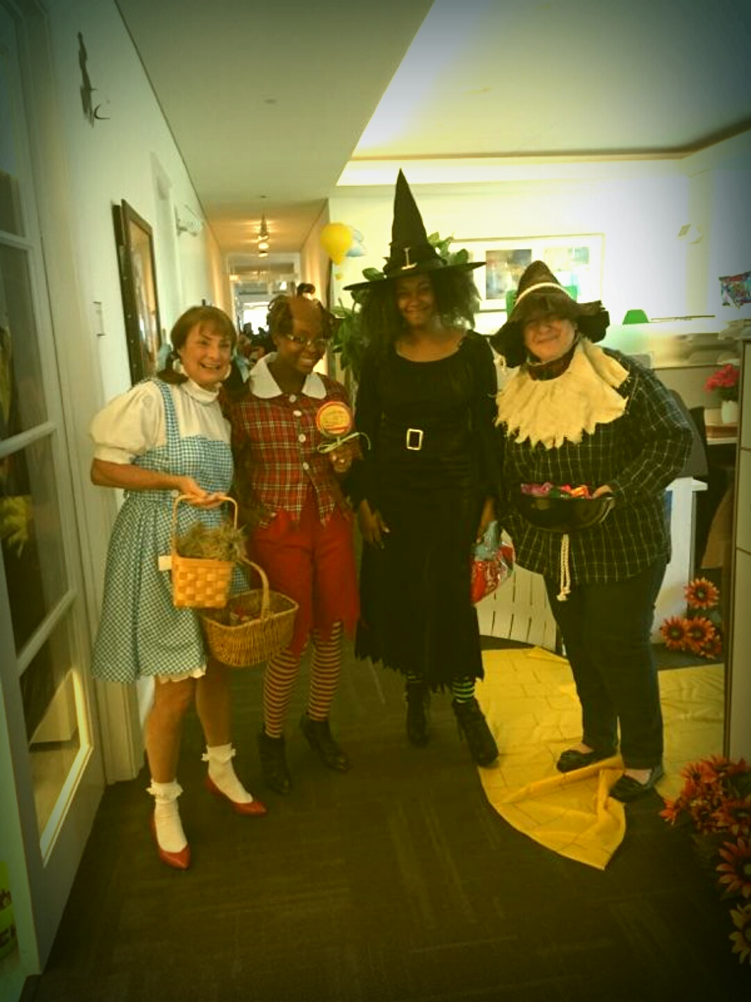 TomieGyrl : Presenting The Wizard of Oz Office Cast